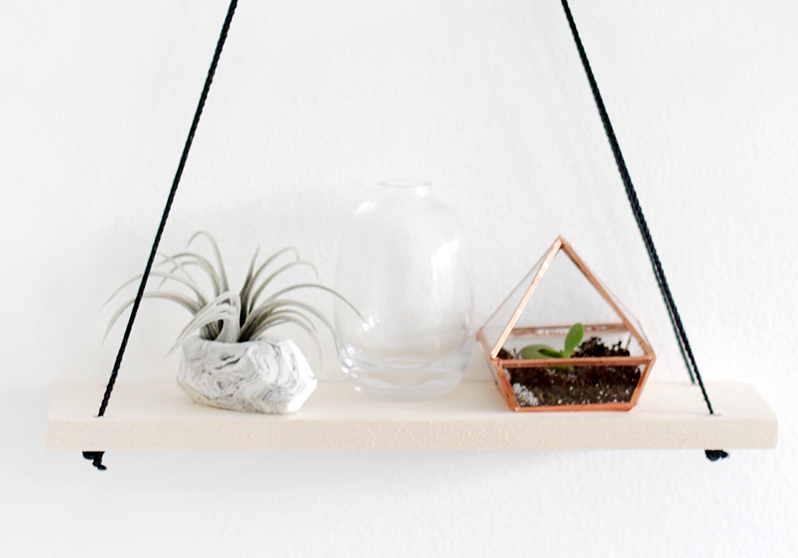 Small Home DIY: Pretty Hanging Shelves