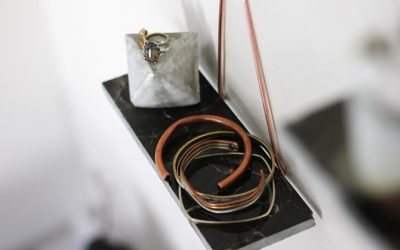Small Home DIY: Copper and Marble Shelves To Dress Your Walls