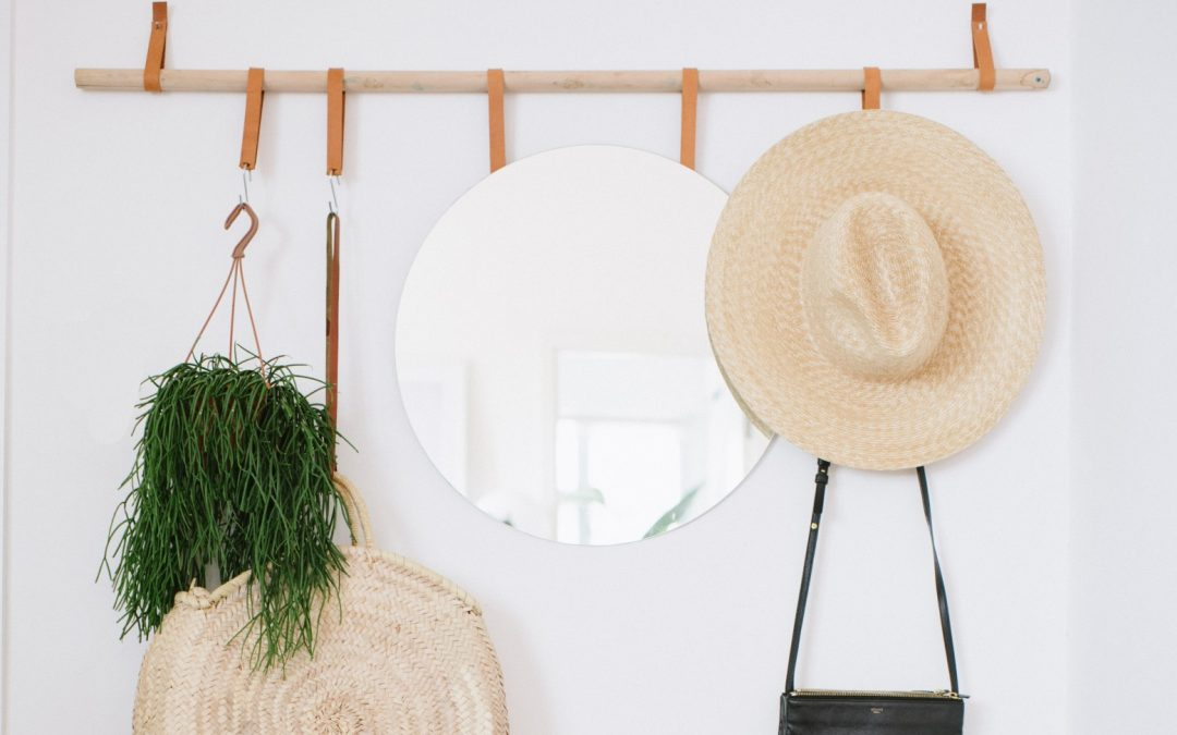 Small Apartment DIY: Hanging Entryway Organizer by A Pair and a Spare DIY