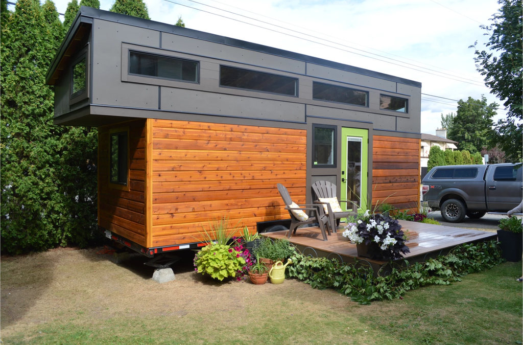 Pursuit Tiny House: A Getaway Home on Wheels