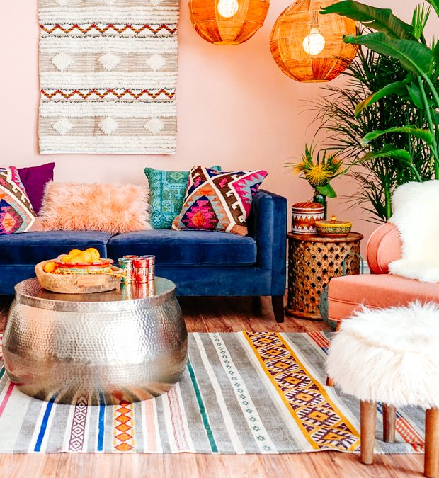 How to Mix Different Patterns without Overwhelming Your Small Apartment Décor