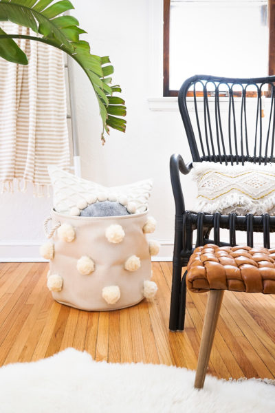 Small Apartment DIY: Multipurpose Pom-Pom Bin by Sugar and Cloth